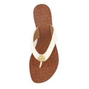 Tory Burch Thora Patent Thong Sandal Bleach